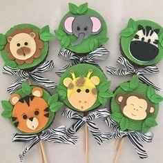 Baby Boy Birthday Themes, Jungle Theme Birthday, Safari Theme Party, Animal Birthday, Party Themes, Cakepops, Safari Cakes, Baby Shower Treats, Free Printable Invitations