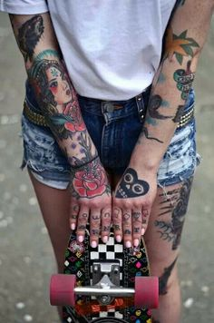 Inked skater gir lLove this whole look pink pastel nails