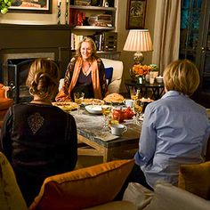"Be sure to check out our photo galleries devoted to the house sets from these Nancy Meyers' movies, ""It's Complicated"" and ""Something's Gotta Give""..."