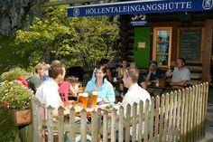 Höllentalklamm in Grainau an der Zugspitze : Wandern in der Höllentalklamm Urlaub in Grainau - Das Dorf an der Zugspitze - inmitten von Oberbayern