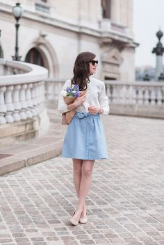 Hello les amis ! J'espère que vous allez bien et que vous passez une agréable semaine. Je rentre d'un divin séjour à Bordeaux qui m'a encore plus donné envie de douceur, de soleil et de belles journées de printemps ! Je vous retrouve aujourd'huiavec un look bleu et blanc que vous aviez beaucoup aimé sur...  Lire la suite »