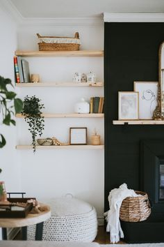 Where I purchased the brackets and how we got that built-in look around our fireplace. For Eight Shelves It's only Black Floating Shelves, Floating Shelves Bedroom, Floating Shelves In Kitchen, Bedroom Shelves, Black Shelves, Diy Home Decor, Room Decor, Wall Decor, Super Easy
