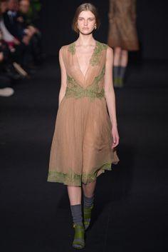 Alberta Ferretti RTW Fall 2014 - Slideshow - Runway, Fashion Week, Fashion Shows, Reviews and Fashion Images - WWD.com