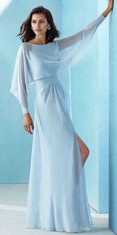 a2a74a179dc Beautiful Chiffon Bateau Neckline Long Sleeves A-line Prom Dress With  Beadings Вечерние Платья