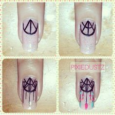 Hippie dream catcher nails how-to Frensh Nails, Love Nails, Diy Nails, Pretty Nails, Hair And Nails, Dream Nails, Nail Art Diy, Easy Nail Art, How To Nail Art