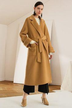 Пальто из верблюжьей шерсти  все, что нужно знать о camel coat. Верблюжье  Пальто · Полушерстяные · Мода Для Девушек ... 697fed8cda7