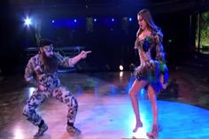 VIDEO: Duck Dynasty's Sadie Robertson Professes Her Love and Devotion to God on Dancing With The Stars