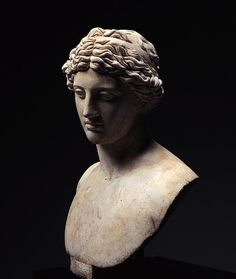Youth, Roman bust (marble), 1st century AD, (Miho Museum, Kyoto).