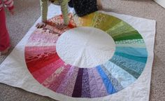 Amazing colour wheel quilt - beautiful, practical, educational and fun