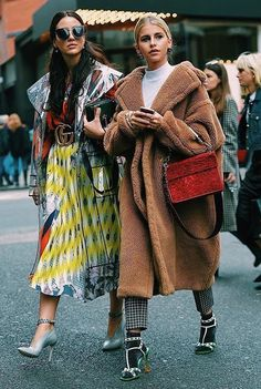 Fashion Week - The Best Street Style Inspiration & More Details That Make the Difference Fashion Mode, Moda Fashion, Fashion Week, Star Fashion, Winter Fashion, Fashion Trends, Nyc Fashion, Womens Fashion, Diana Fashion
