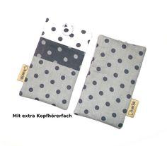 Handytasche - Grey Dots - extra  Kopfhörerfach von TraumStyle  Design auf DaWanda.com