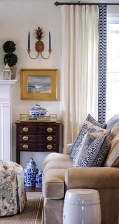 gorgeous living room paint color ideas for the heart of the home 19 Decor, Traditional Living Room, Formal Living Rooms, Home And Living, Home Living Room, Interior Design, House Interior, Room, Room Decor