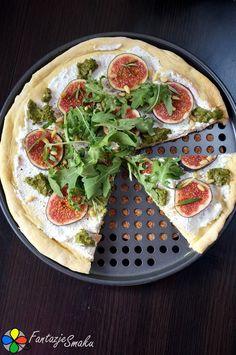 Pizza z figami, ricottą, rukolą i piniami  http://fantazjesmaku.weebly.com/pizza-z-figami-ricott261-rukol261-i-piniami.html