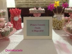 Mesa dulce Frame, Home Decor, Candy Stations, Mesas, Homemade Home Decor, A Frame, Frames, Hoop, Decoration Home