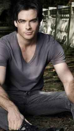 Ian Somerhalder - I know everyone knows him from The Vampire Dairies but to me he will always be Boone from LOST.