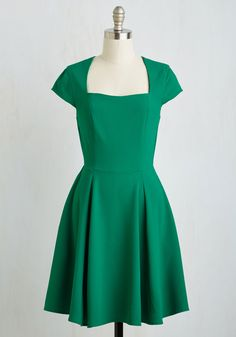 Cornerstone of Classy Dress in Shamrock. Whether its for an afternoon meeting or a chic cocktail hour, you gravitate towards this shamrock green dress to accompany every event! #green #modcloth
