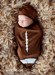 You need to have someone make this for Brianna's baby boy. How cute would those newborn pictures be? Newborn Pictures, Baby Pictures, Baby Photos, Newborn Pics, Children Pictures, Boy Newborn, Newborn Care, Baby Boys, Boy Babies