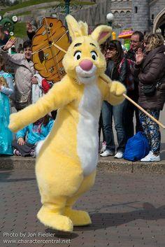 f414ce51bb11 2014 - Disney s Spring Promenade - Rabbit Disney Fun