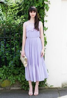 LACE PLEATED MAXI DRESS (LAVENDER)