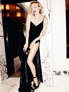Sienna Miller gets sexy for Vogue UK October 2015 photographed by Mario Testino [fashion]