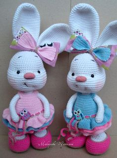 Are you looking for best crochet amigurumi? Checkout these 63 free Crochet Bunny Amigurumi Patterns that are sure to make you get with all the Bunny Crochet, Crochet Mignon, Easter Crochet Patterns, Cute Crochet, Amigurumi Patterns, Crochet Animals, Crochet Crafts, Crochet Dolls, Crochet Projects
