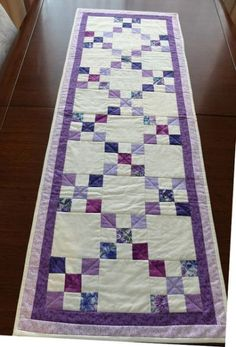 Quilted table runner using the