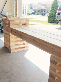 Summer DIY Challenge with The Home Depot // Building a Cedar Bench with Built In Planters Planter Bench, Diy Bench, Planters, Pallet Furniture Designs, Bench Designs, Cedar Bench, Palette Deco, Farmhouse Bench, Summer Diy