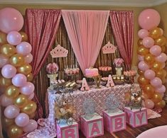 50 cute baby shower themes and decorating ideas for girls - Baby Dusche Themen - Baby Shower Ideas Baby Girl Shower Themes, Girl Baby Shower Decorations, Baby Shower Princess, Baby Shower Fun, Baby Shower Gender Reveal, Baby Shower Centerpieces, Royal Baby Shower Theme, Babyshower Themes For Girls, Baby Shower Balloon Ideas
