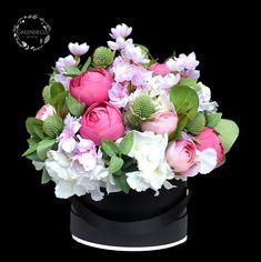 Flower Boxes, Flowers, Floral Wreath, Wreaths, Home Decor, Window Boxes, Homemade Home Decor, Door Wreaths, Deco Mesh Wreaths