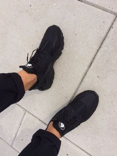 My own Nike air Huarache triple black!
