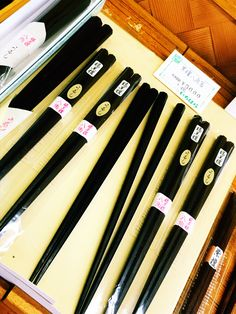 【P】京都の市原平兵衛にて。漆塗りの箸。た、高い。