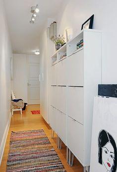 le meuble a chaussure pour le couloir blanc