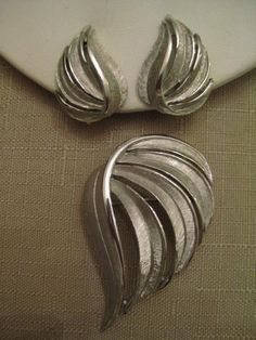 Un Worn Vintage Trifari Textured Silver by vtseredipityboutique