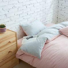 Mamrie dual sided duvet, bedroom walls