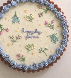 Pretty Birthday Cakes, Pretty Cakes, Cake Birthday, Birthday Cake Decorating, Pastel Cakes, Cute Desserts, Baking Desserts, Health Desserts, Just Cakes