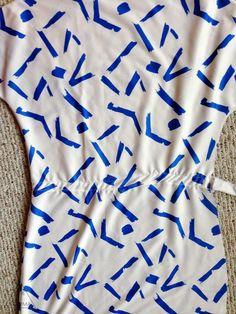 How to Sew a Blouson Dress- Simple Tutorial===============================================Zie hoe je deze jurk met tunnel voor elastiek heel makkelijk stikt