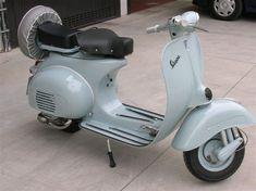 Vespa scooter Piaggio: Archivio forum e mercatino sulla Vespa di vespaforever Vespa, Scooter, Motorcycle, Vehicles, Wasp, Hornet, Vespas, Motorcycles, Car