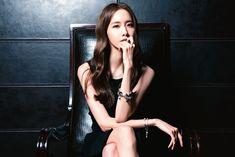 SNSD Yoona in HK Apple Daily magazine 02/10/2014