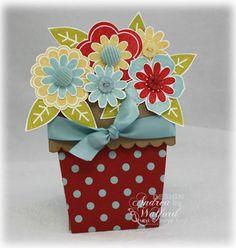 Цветочный горшочек с открыткой
