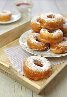 Oponki serowe Polish Recipes, Polish Food, Holiday Baking, Kitchen Hacks, Cake Cookies, Doughnut, Donuts, Good Food, Food And Drink