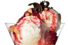 Cheesecake Ice Cream with Strawberry Sauce