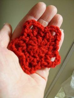 Crochet Star directions; simple, small, easy-- just what I'm looking for