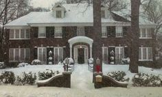 Home Alone movie house in the snow. this shows now and then pictures of the home's inside