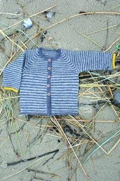 Baby - børnetrøje med striber i glat ret