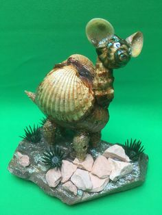 Muschelfigur Lama... Turtle, Fish, Pets, Animals, Design, Sea Shells, Cordial, Decorations, Animais