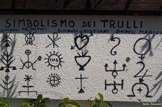 Symbols on Alberobello Trulli roofs