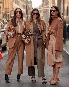 Milan Fashion Weeks 642466703082225532 - Source by chamaamar 2020 Fashion Trends, Milan Fashion Weeks, Fashion 2020, Men Fashion, High Fashion, Nyfw Street Style, Autumn Street Style, Monochrome Fashion, Winter Mode