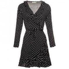 294f7eb47288ea 52 beste afbeeldingen van Zwart witte jurken - African dress ...