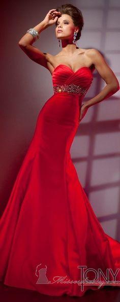 Red. ღܨεїз~აinxೡ.
