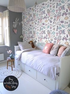 Summer Holiday Removable Wallpaper The wall murals are printed on MagicStick - innovative, self-adhesive material, which allows them to be applied and peeled multiple times! Cool Teen Bedrooms, Girls Bedroom, Bedroom Decor, White Bedroom, Ikea Girls Room, Girls Daybed, Bedroom Ideas, Bedroom Modern, Bedroom Vintage